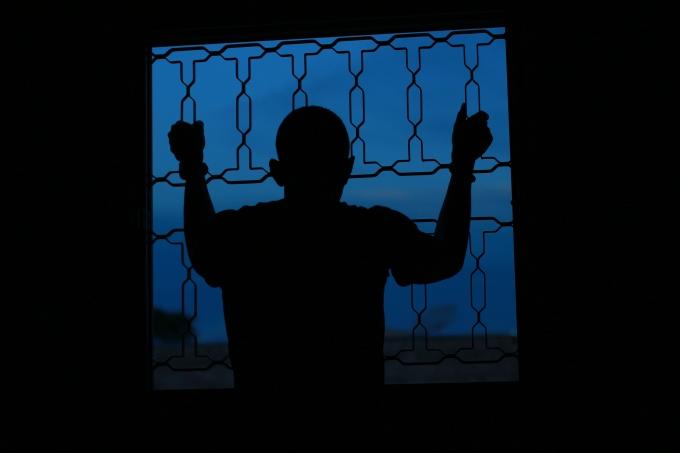 Blue Prison-4
